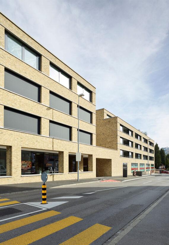 Wohn- und Geschäftshaus Arcmala, Lenzburg