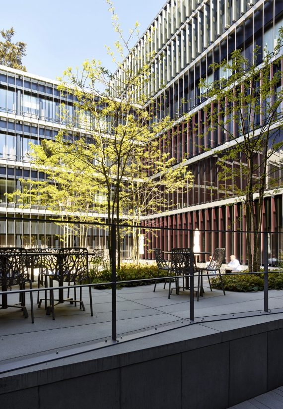 Mobiliar, Modernisierung Bürogebäude